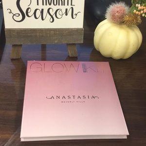 Anastasia Beverly Hills Sugar Glow Kit